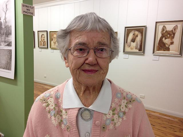 Doris Golder with Kelpie in Woll Art