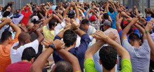 'Hostages' not 'detainees' on Manus and Nauru